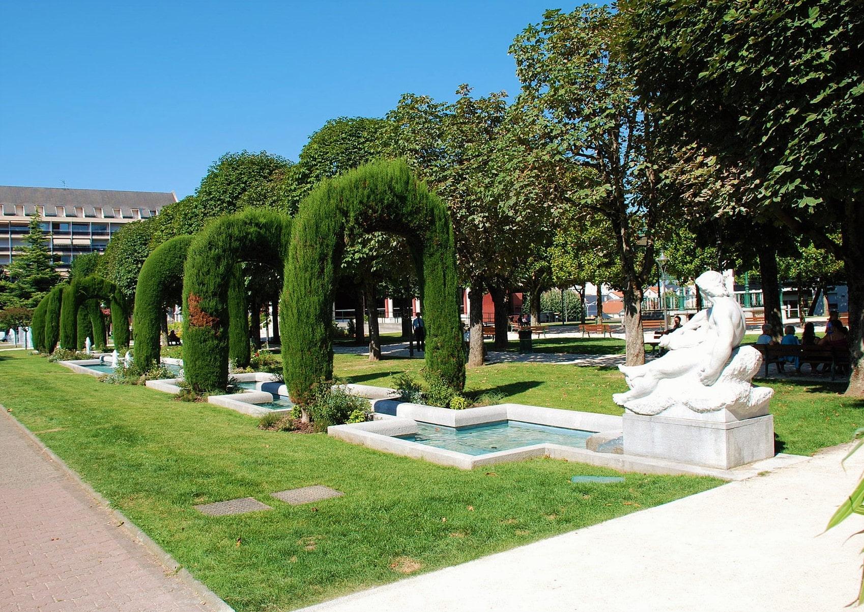 Jardin du Palais des congrès à Lourdes