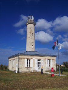 Le Phare de Richard, situé sur les berges ouest de l'estuaire de la Gironde dans le Médoc